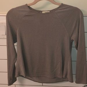 Aritzia Wilfred Free Dove Gray cropped sweater